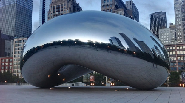 "The Cloud Gate, otherwise known as ""the bean,"" is pictured in Chicago on Tuesday, Sept. 18, 2012. (CP24/Aaron Adetuyi)"
